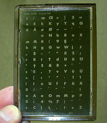 Phototypesetter diatronic plate